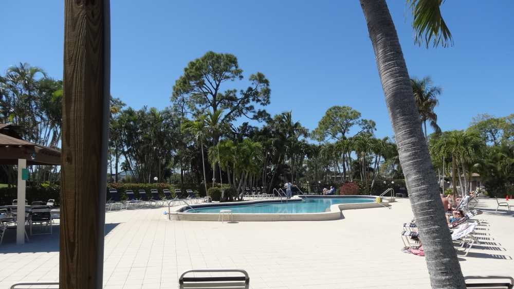 9-Pool-Areas-Lanai-Bild-06.jpg